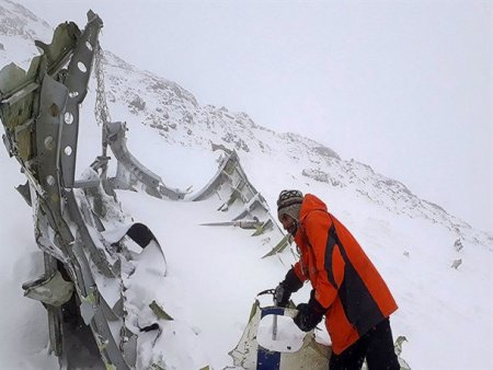 جنازه بچه ام را نمی خواهم! / مادر در کوه دنا چه دید؟! / نگاهی به سقوط هواپیمای یاسوج !