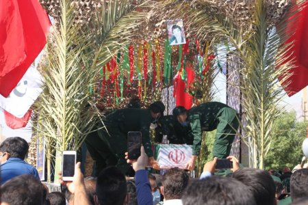 گزارش تصویری از تشییع پیکر شهید تازه تفحص شده در بهمئی