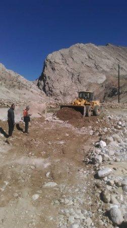 روز پر کار رئیس راهداری و حمل و نقل جاده ای کهگیلویه در بازدید از پروژه ها