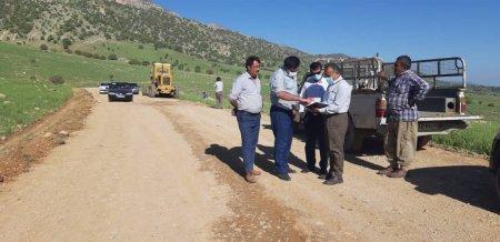 آغاز عملیات زیر سازی و روکش آسفالت جاده طسوج شهرستان چرام +تصاویر