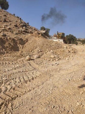 آغاز عملیات احداث،بهسازی و آسفالت راه روستایی رود ایوک به دلی احمد دیشموک+تصاویر