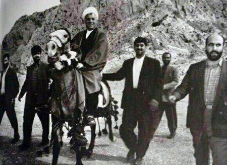 تصويري ديده نشده از سفر آيت الله هاشمي رفسنجاني به كهگيلويه وبويراحمد+ویژگی مردم استان از ديدگاه وي